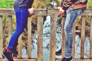 パーソナルスペースにおける男女の恋愛距離について